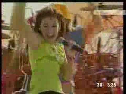 Repeat Danna Paola En Monterrey La Chica Ye Ye By 201158 You2repeat