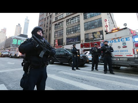 Suspect arrested after attempted terrorist attack on New York subway