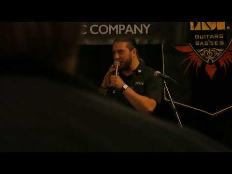 Gary Holt (Slayer/Exodus) at Rock City Music Store P1030771