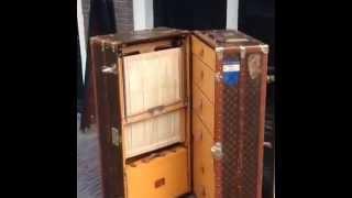 Pinth Vintage Luggage