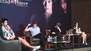 Jamie Campbell, Lily Collins, Kevin Zegers y Godfrey Gao Mexico City 2