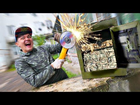 Вскрыли военный сейф, который достали со дна с помощью гигантского магнита!