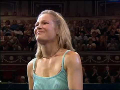 RLPO BBC Prom Bruch. Leina Josefowicz Violin. V Williams Sea Symphony Schwarz. 2005 Part 2.