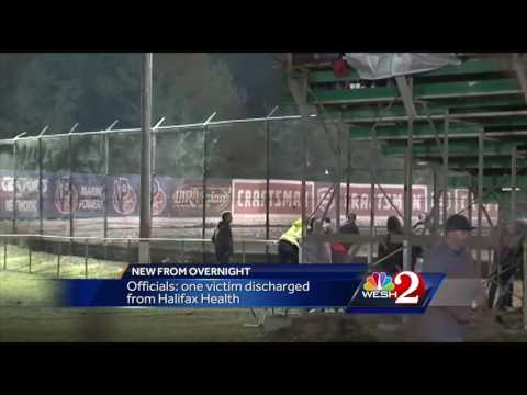 Car crashes into stands at Volusia Speedway Park