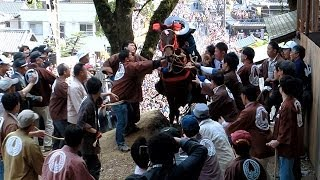 三重県・多度大社で上げ馬神事