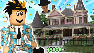touring the MOST DETAILED BLOXBURG VICTORIAN house... it's so fancy
