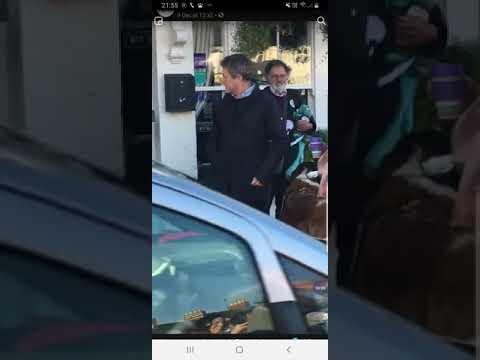 Hugh Grant Meets A St Bernard Puppy Called Georgia!