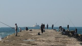 Where the Tagus River meets the Atlantic: Cova do Vapor