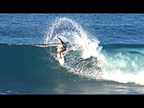 Great Surf Conditions at Ho'okipa