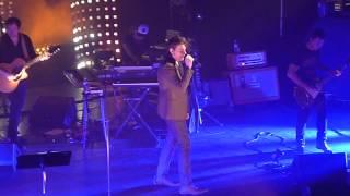 """Benjamin Biolay """"Personne dans mon lit"""" live @ Casino de Paris 26 mars 2013"""