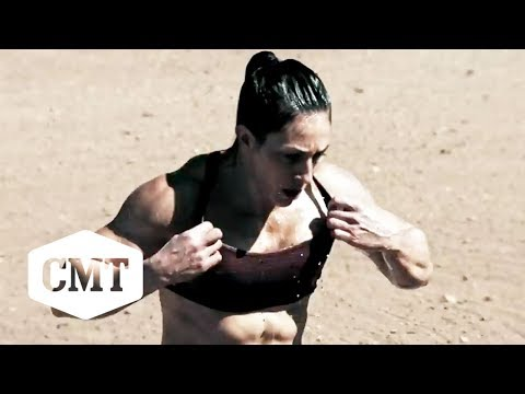 Steve Austins Broken Skull Challenge  Candices Skullbuster Run
