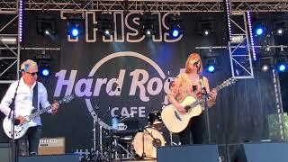 Suzanne Vega - Luka (live at Isle of Wight 2018)