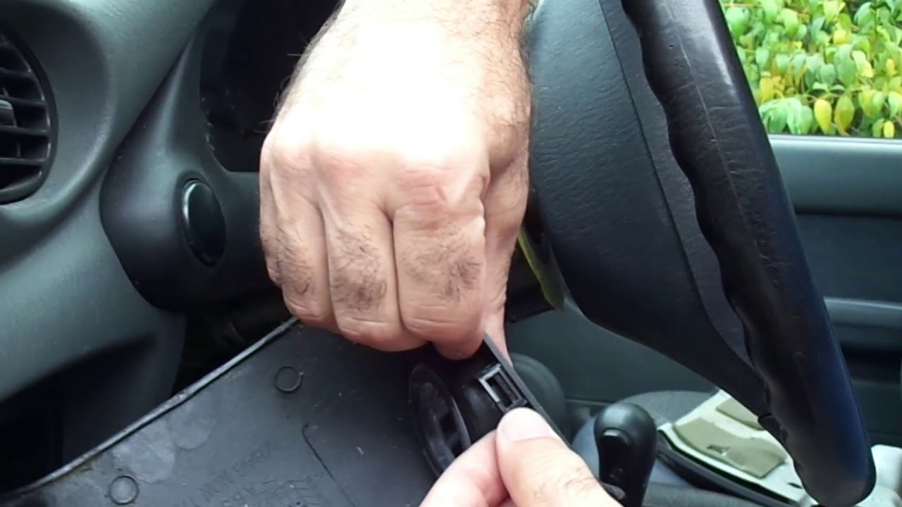 1997 Hyundai Accent Turn Signal Switch Stuck And Making Noise