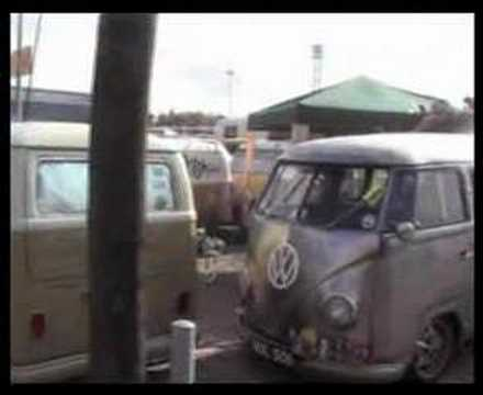 60 jahre vw bus hannover youtube. Black Bedroom Furniture Sets. Home Design Ideas