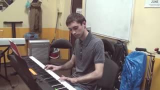 """Мелодия из передачи """"В мире животных"""" (Alouette - A.Ramírez) на фортепиано. Играет Максим"""