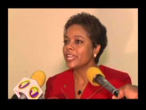 Senator Marlene MalahooForte says she's being punished  CEEN Caribbean   Oct 26, 2015