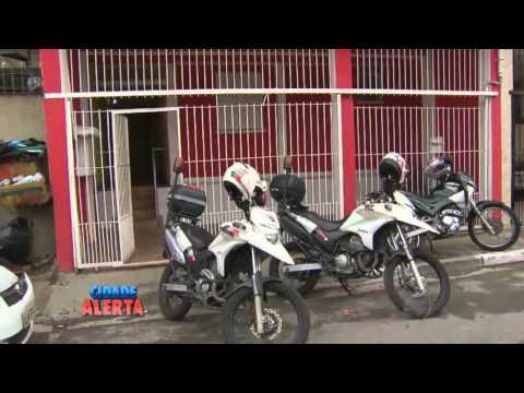Homens são presos em flagrante ao assaltar salão de beleza