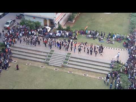 Euforia Flash Mob 2017 (Pillai HOC Campus, Rasayani)