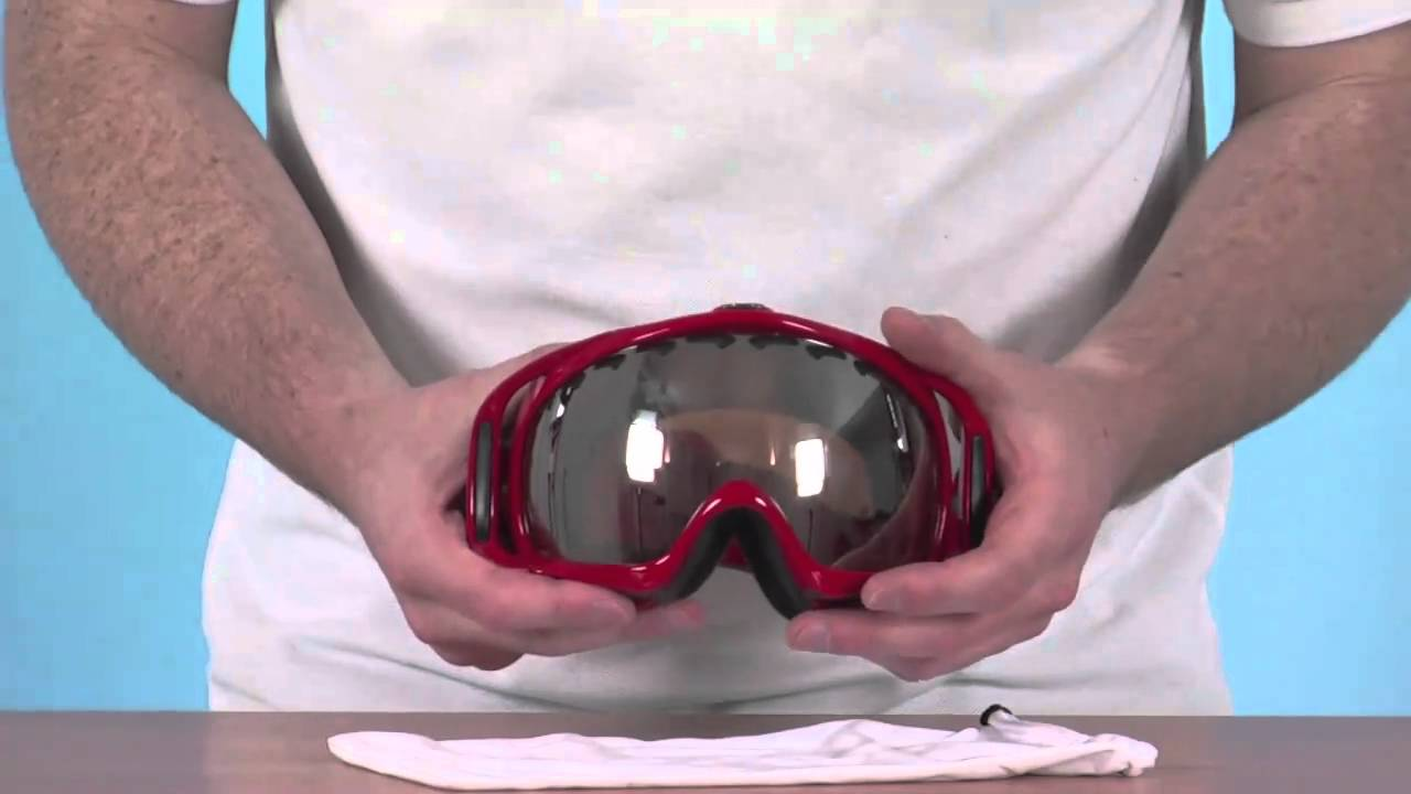 712a2de4b4a Oakley Crowbar Goggle - Viper Red with Black Iridium Lens -  www.simplypiste.com - YouTube