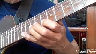 Meniru permainan melodi Tonny Koeswoyo dalam lagu Oh Kasian (KS) Koes Plus