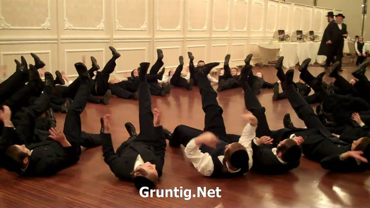 Hasidic jewish children in methodic dancing youtube