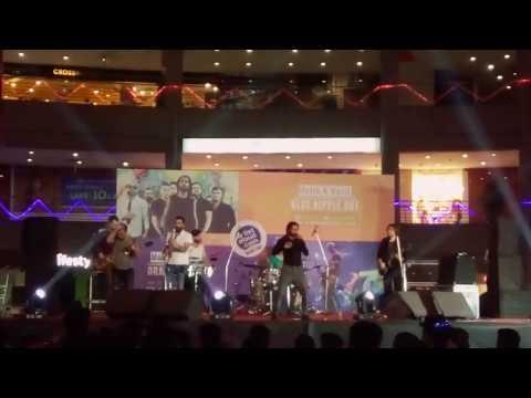 BLUE NIPPLE BOY's full performance at metro junction mall Kalyan