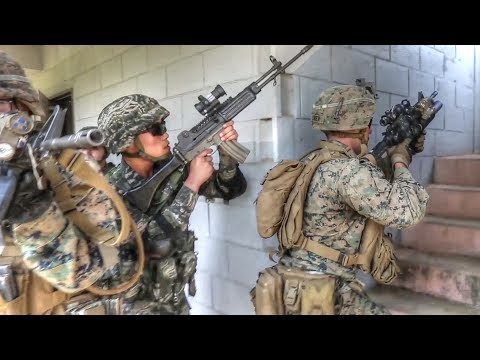 US Marines Get a Taste of South Korean Style Military Training