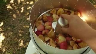 варим сок из яблок в соковарке