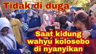 Aksi jaranan ketika mendengar lagu (KIDUNG WAHYU KOLOSEBO) di nyanyikan TRI BUONO UTOMO gunung rejo