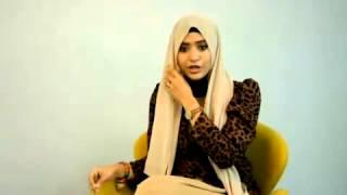 Cara Simple Memakai Jilbab Segi Empat Paris Modern (2014) #1 Thumbnail