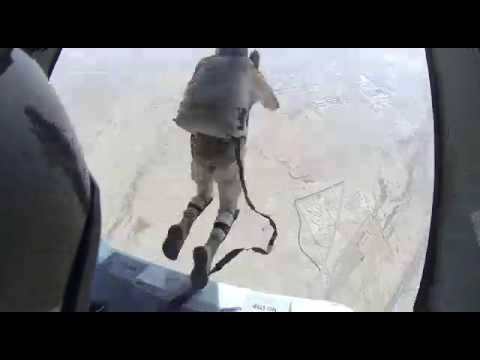 ق�ز حر مظلي قوات الأمن الخاصة Skydive_Saudi