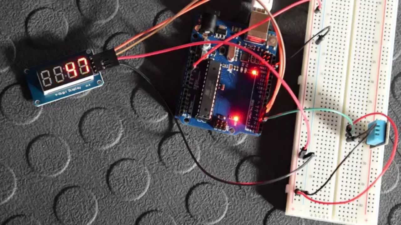 Using a 4 Bits 7 segment LED Display with an Arduino ...