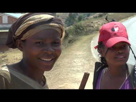 MADAGASCAR Antsirabe Ambositra