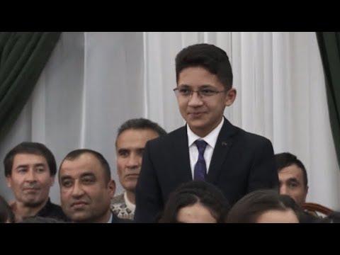 Школьник выучил наизусть 5 тыс. строк на таджикском языке и выиграл 5 тыс. долларов