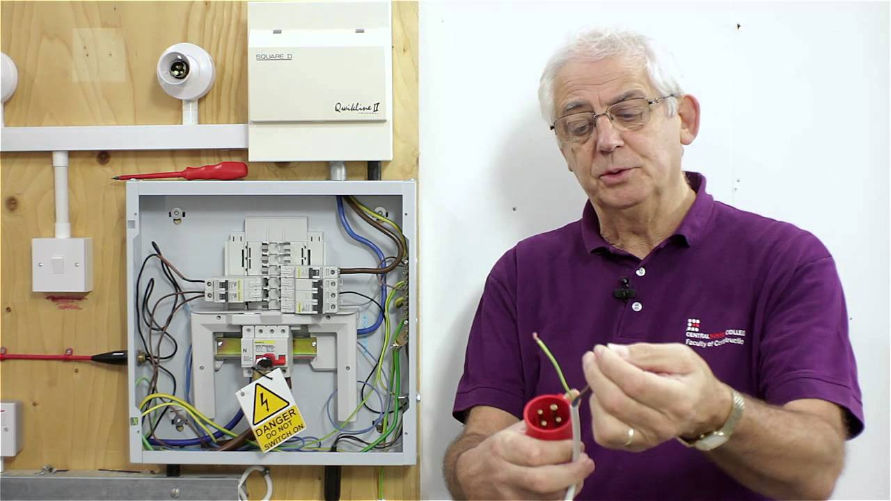 Qr Code 4 Three Phase R1 And R2 Test Youtube Electrical Wiring Installation At Home