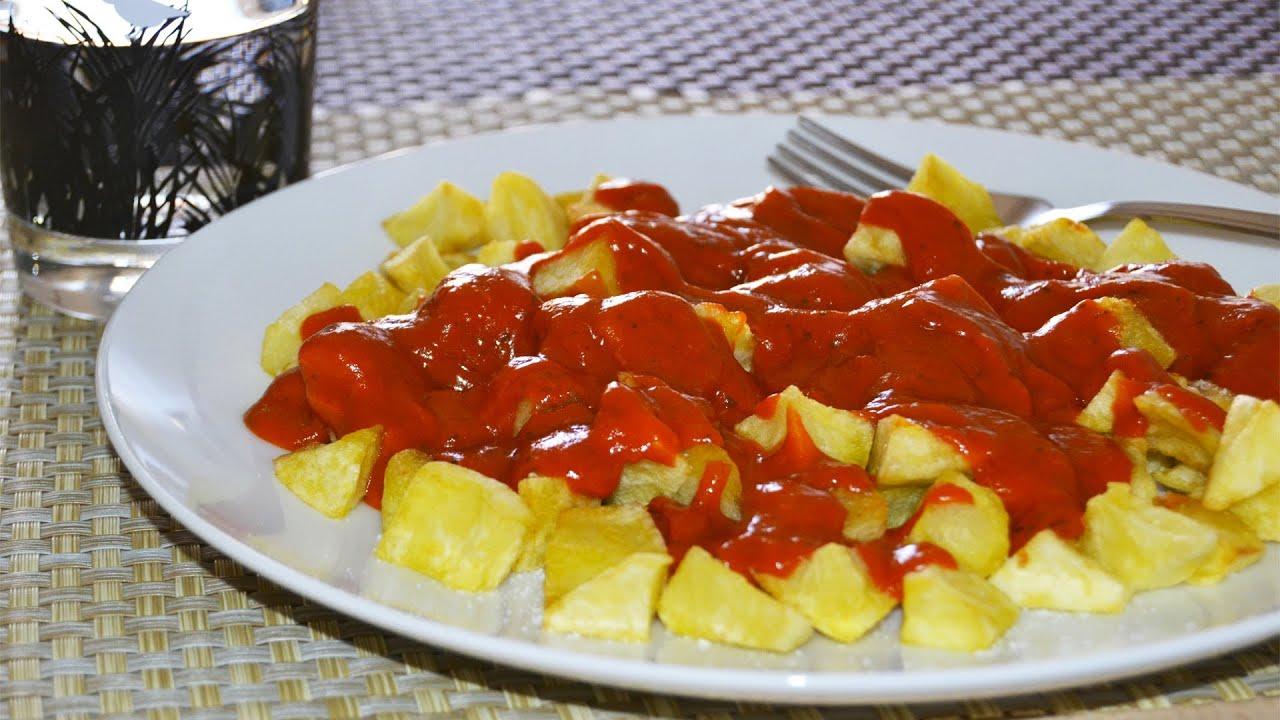 Fried Potatoes in Spicy Tomato Sauce (Patatas Bravas