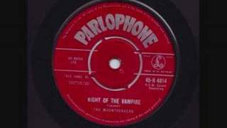 The Moontrekkers - Night of the Vampire