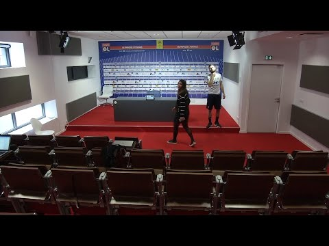 Lyon player turns up for press conference to find media boycott