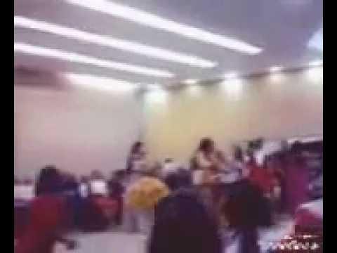 Rosianne Silva cantando nos 32 anos templo Sede (PARÁ)Xinguara-Pa