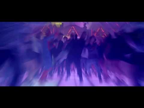 Micro TDH - Baila Con Poder ft. Kat Kandy (Vídeo Oficial)