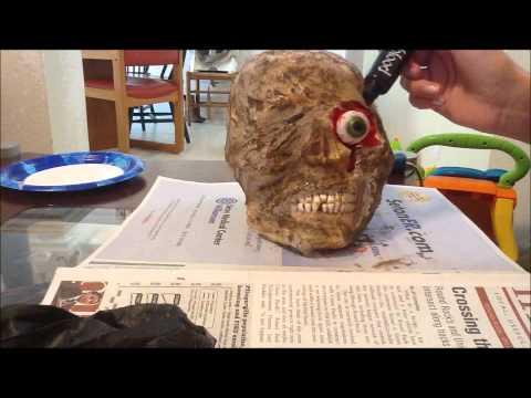 Make a Mummified Skull / Corpse Head - DIY Halloween Props