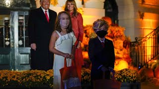 Halloween bei den Trumps: Kleine Doppelgänger überraschen Donald und Melania