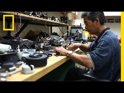 Kenji Yamaguchi: The Tinkerer Who Builds Custom Gear for National Geographic Photographers