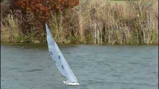 SailRC.com Radio Controlled Sailboats - Capt Crash's MMBC 11262011 Sail (Nirvana Racing).mp4