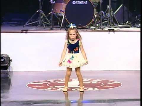 Zip-A-Dee-Doo-Dah Zip A Dee Doo Dah 5 year old singer Ezrah Noelle