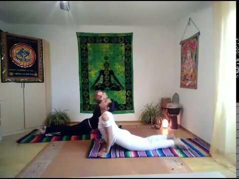 Welt Yoga Tag 2020 _ Der Sonnengruß und der Mondgruß