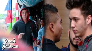 Boy Berlari Ke Tempat Pertemuan MMA Di Hotel [Anak Jalanan] [29 Agustus 2016]