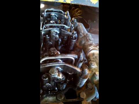 Motor OM 355/5 do MB 2219 funcionando aberto