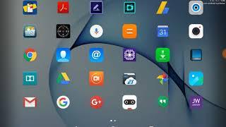 En la pantalla de mi Tableta o Celular, Aparecen Letras en mi pantalla arriba.