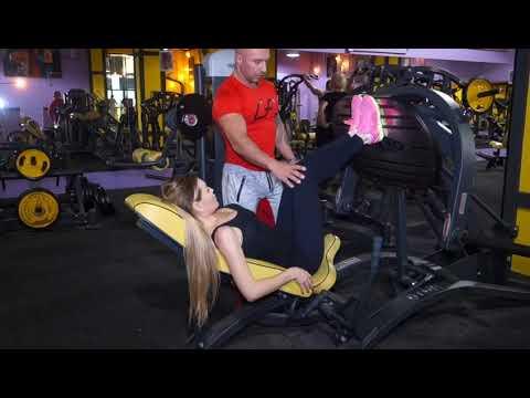 Тренировки в фитнес...